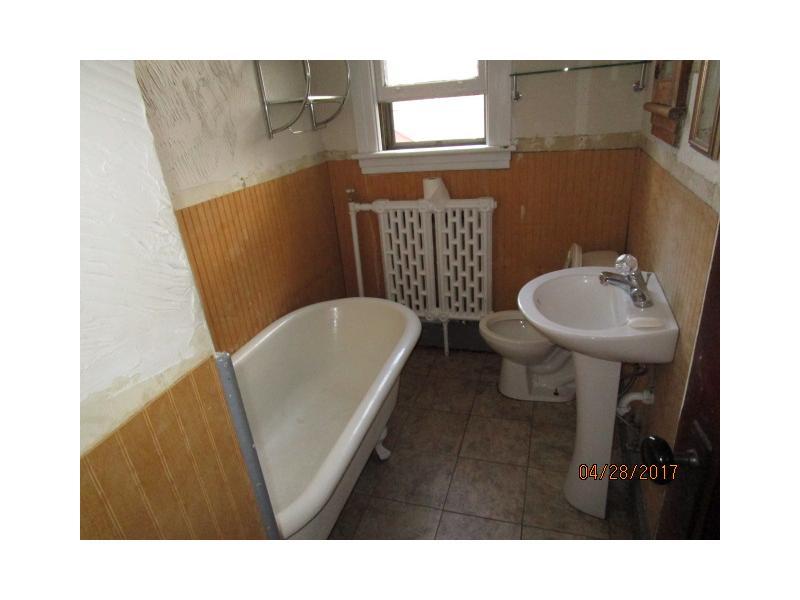 Bathroom Fixtures Albany Ny 11 putnam st, albany, ny 12202 - homepath